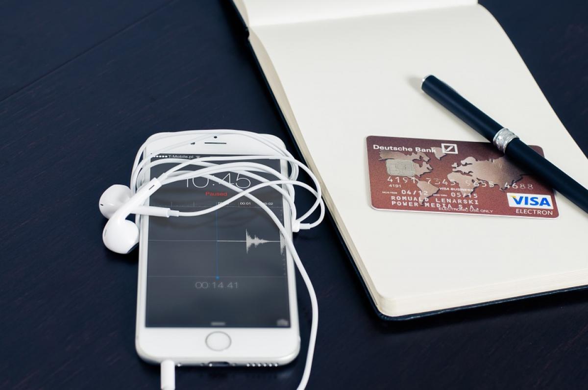5bc407c3a5 OPH - Sok az online bankkártyás fizetésekkel történő visszaélés